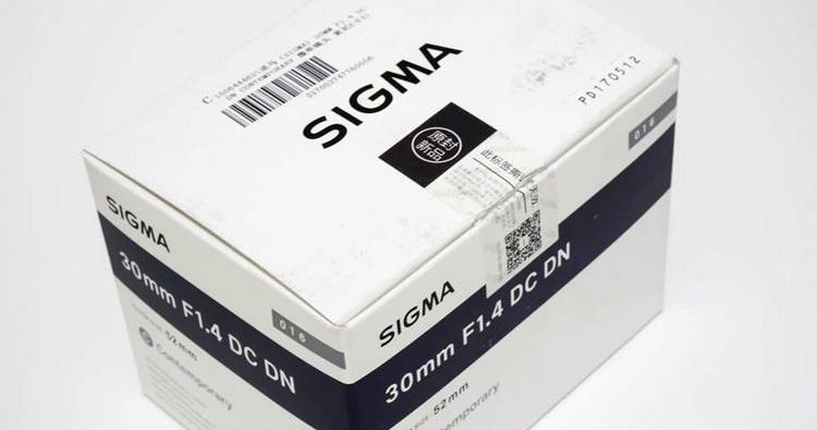 《SIGMA 30mm F1.4大光圈定焦镜头》